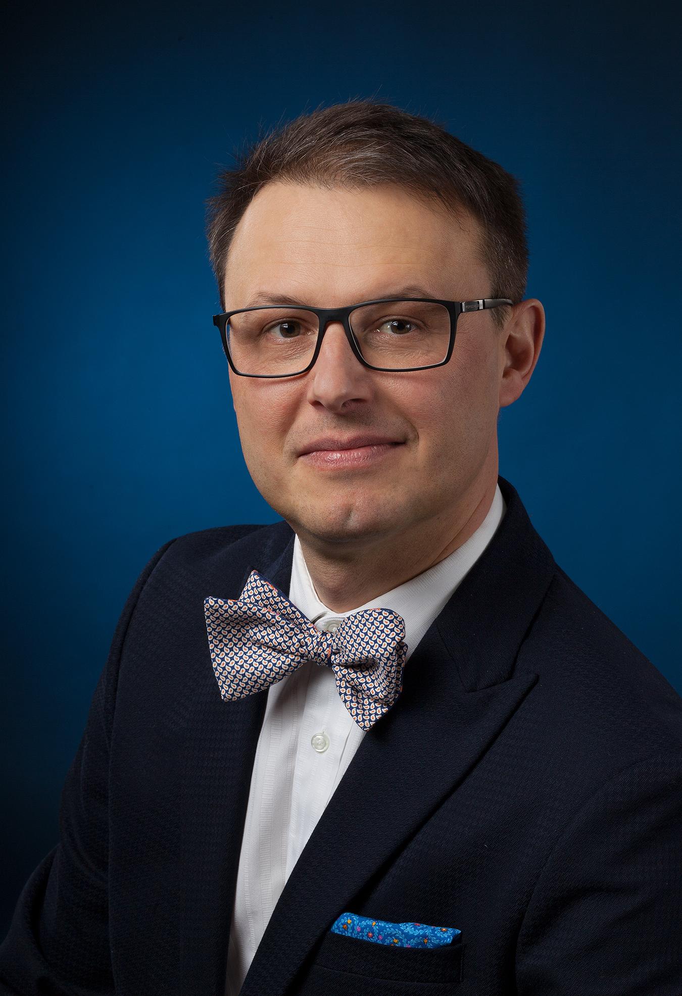 Dr. David Ponka