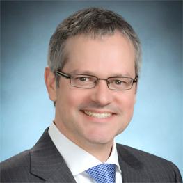 Dr. Robert Amyot